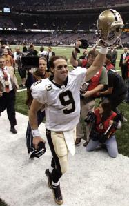 Another win for Brees and the Saints has them atop the NFC.